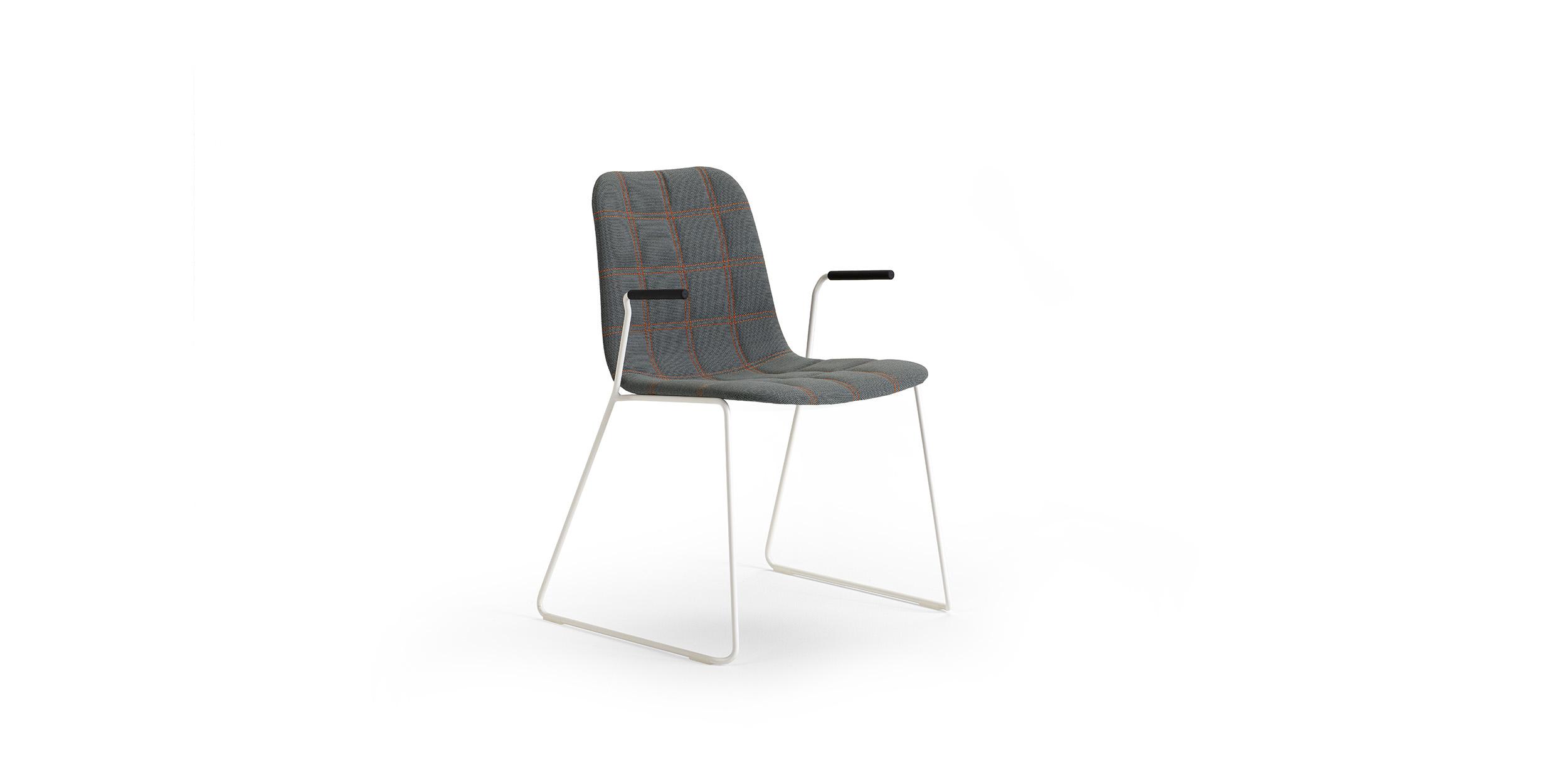BOP, stapelbar karmstol by Knudsen Berg Hindenes